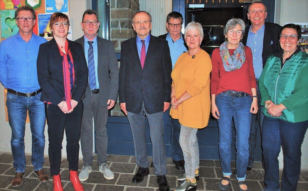 Vorstand und Beirat Heimatverein Hohenlimburg. Foto von Volker Bremshey WP 2019